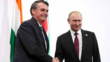 Desea Putin a Bolsonaro pronta recuperación de covid-19