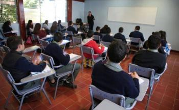 Clases presenciales solo con semáforo epidemiológico en verde: Barragán