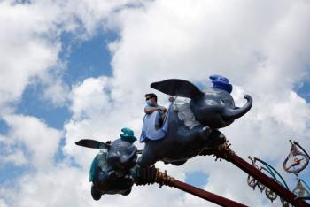 Covid-19 obliga a Disney a cerrar parque en Hong Kong