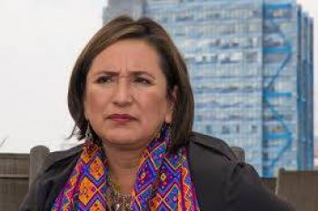 Xóchitl Gálvez denuncia a irregularidades en la venta de acero del NAIM