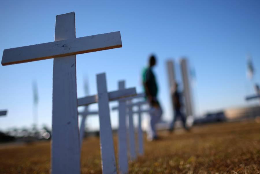Brasil reporta más de mil 300 muertes por Covid-19 en un día