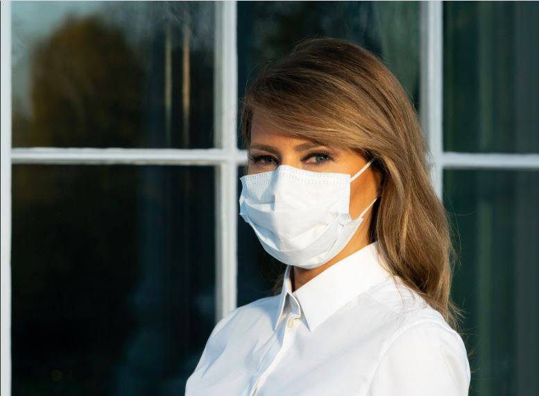 Melania Trump promueve el uso de cubrebocas ante Covid-19