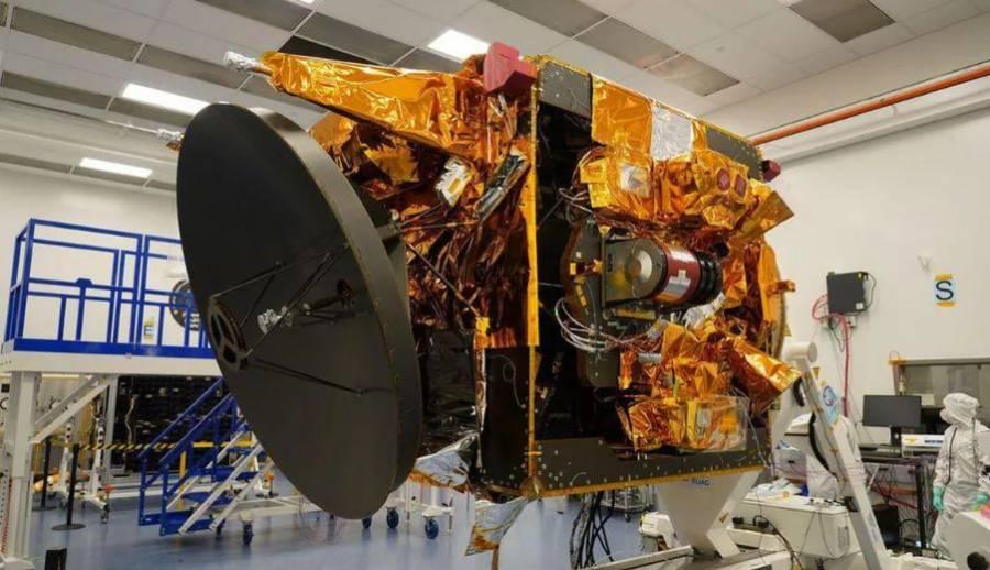 Emiratos Árabes pospone misión a Marte debido al mal tiempo