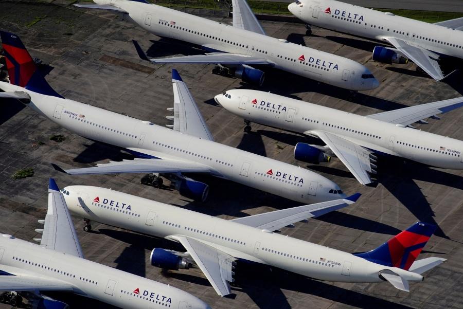 Suman millonarios rescates y las aerolíneas sin tomar vuelo