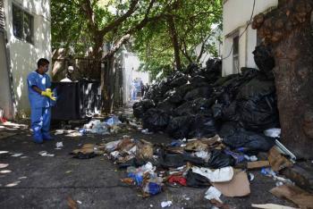 PIDEN SEGURIDAD PARA TRABAJADORES DE BASURA ANTE DESECHOS INFECCIOSOS DE COVID