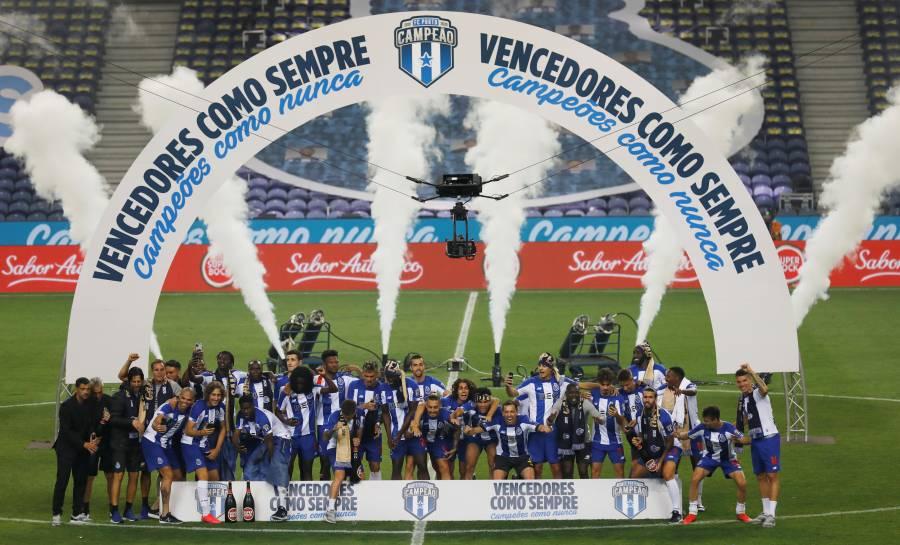 """El Porto del """"Tecatito"""", campeón de liga en Portugal"""