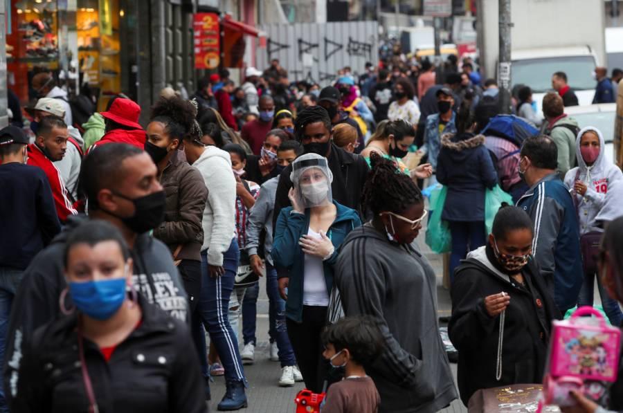Brasil supera los 2 millones de contagios de Covid-19