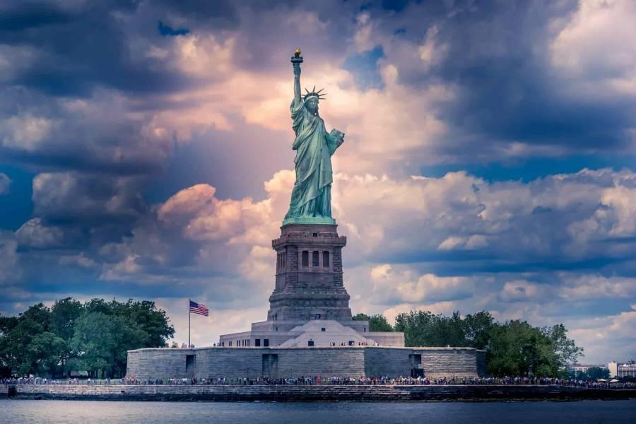 Anuncian reapertura de la Estatua de la Libertad y el Zoológico de Nueva York
