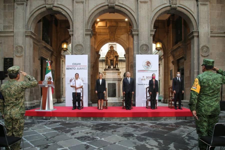 AMLO encabeza ceremonia por 148 aniversario luctuoso de Benito Juárez