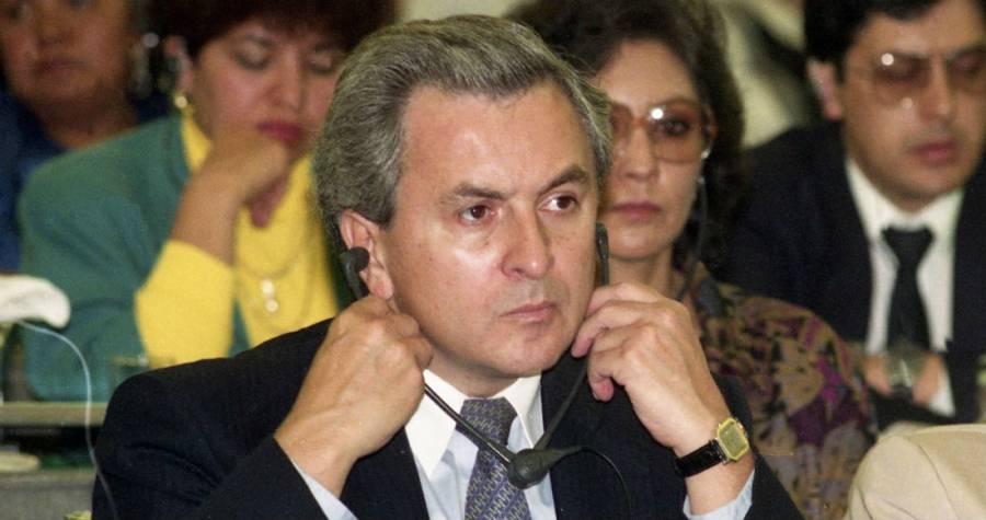 Padre de Emilio Lozoya Austin negoció la extradición de su hijo