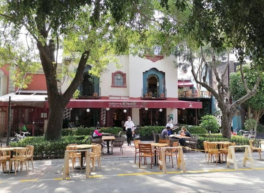 Calles de la CDMX podrán reconvertirse a beneficio de restaurantes