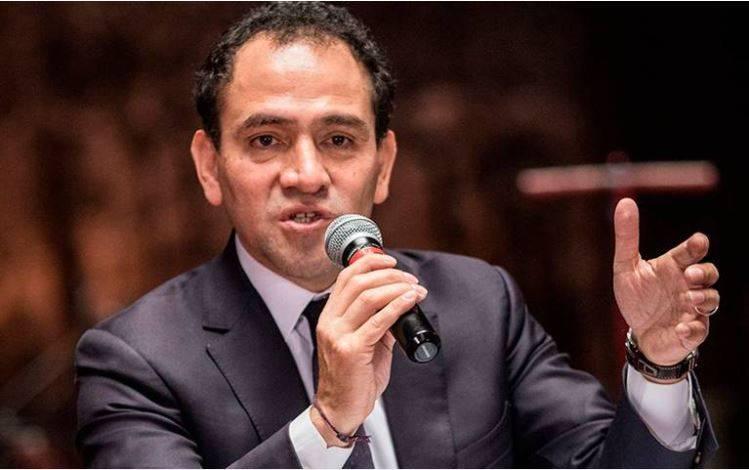 Arturo Herrera indica que el uso de cubrebocas permitirá relanzar la economía