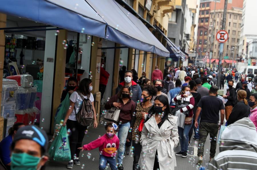 Brasil registra más de 41 mil casos nuevos de coronavirus