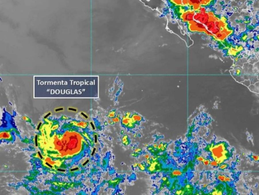 Tormenta tropical Douglas hoy podría volverse huracán