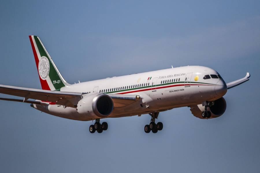 Regresa a México el avión presidencial