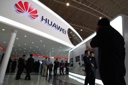 Francia cierra filas con Huawei