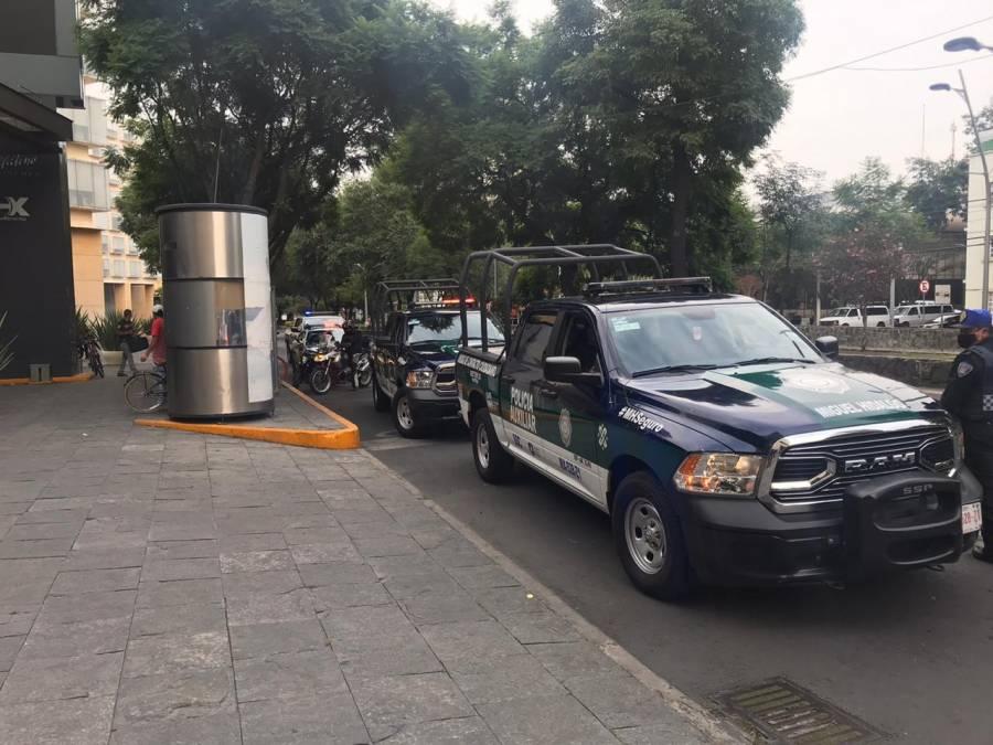 Reportan robo de tienda en Plaza Antara, Polanco