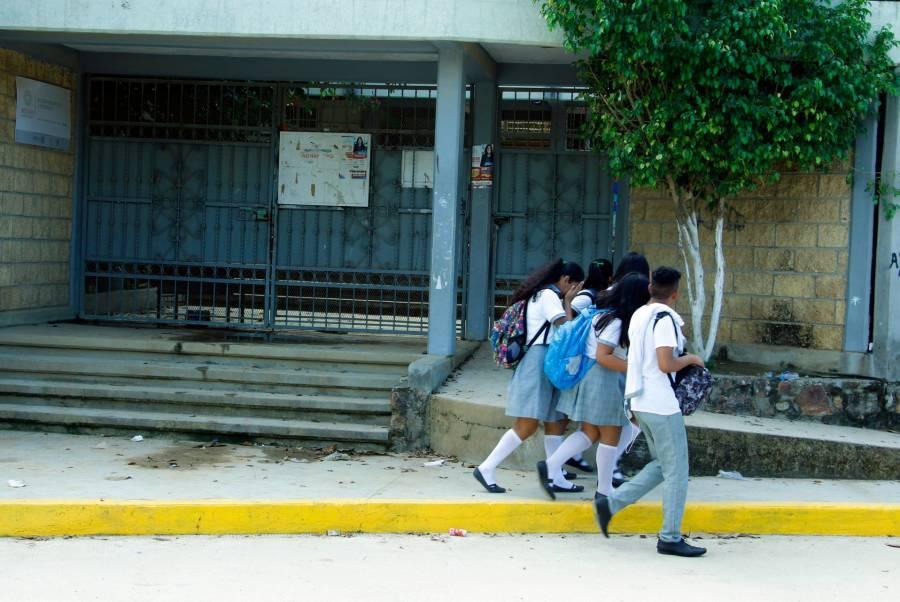Guerrero no regresará a clases presenciales en agosto; se posponen exámenes de admisión