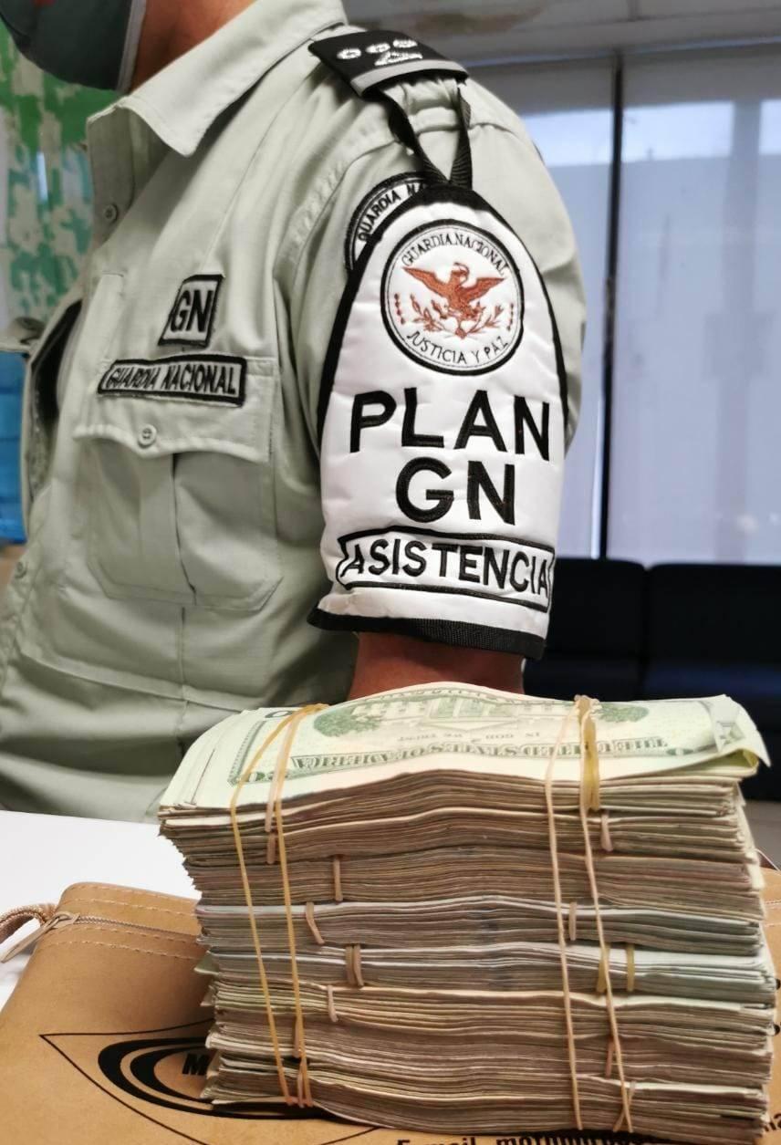 Detienen en aduana a mexicocanadiense con 34 mil 705
