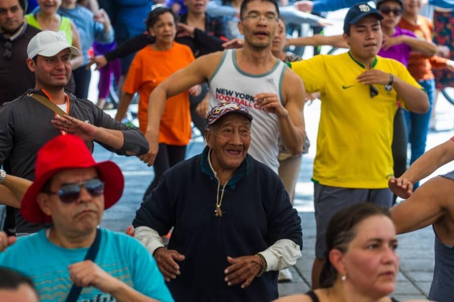 Oposición promueve histórica reforma a ley de pensiones en Chile