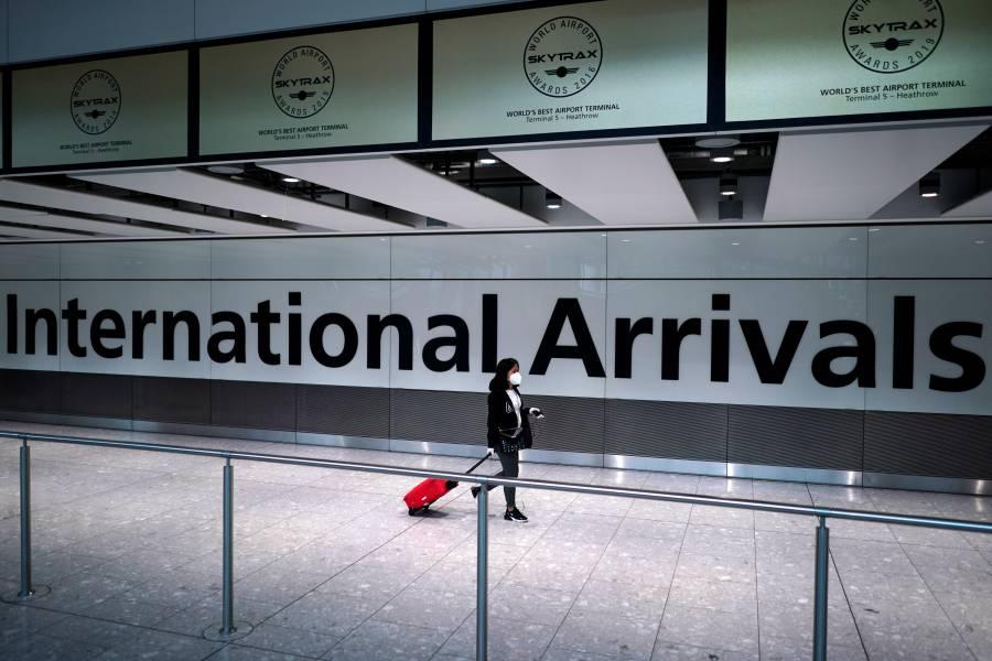 Reino Unido aplica cuarentena a viajeros de España