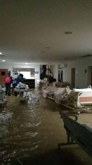 Huracán Hanna causa inundación en Hospital Materno Infantil de Reynosa