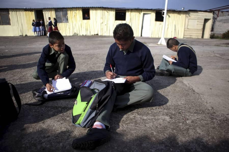 Hasta el 2021 regresarán las clases presenciales en Michoacán