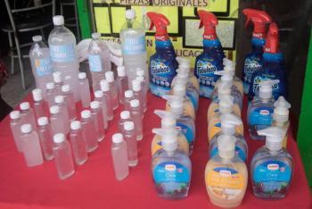 Encuentran metanol en desinfectantes para manos elaborados en México