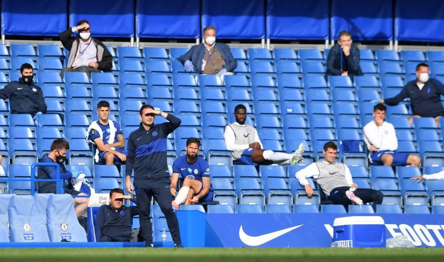 Próxima temporada de la Premier League podría jugarse con público limitado