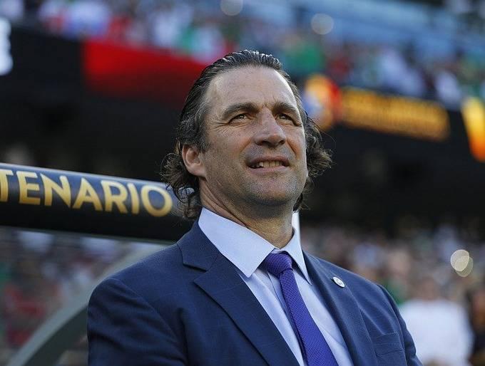 Juan Antonio Pizzi podría ser DT de los Pumas