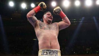 El boxeador Andy Ruiz ha perdido peso y luce irreconocible
