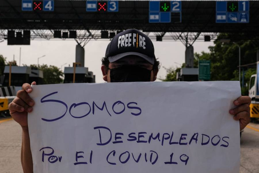 PIB mexicano cae históricamente 17,3%