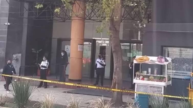 Desalojan a 700 personas de oficinas del ISSSTE en Reforma, por supuesto artefacto explosivo