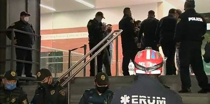 Cinco personas intoxicadas en plaza Punto Maq