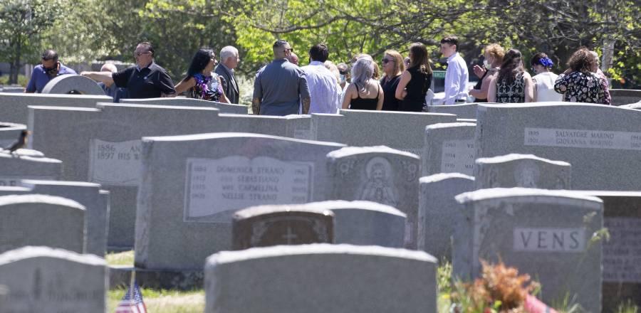 EU reporta 1,592 muertes, el  peor registro diario desde mayo