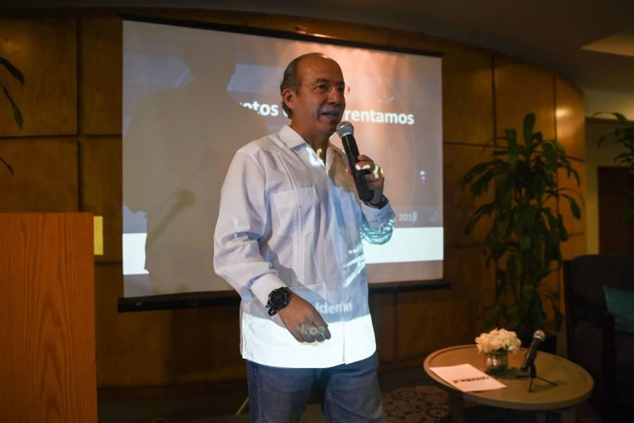 AMLO no está en sus cabales: Felipe Calderón