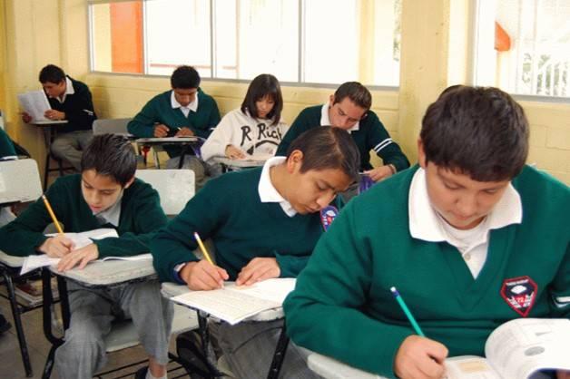 SEP destina más de 127 mil lugares para alumnos de secundaria en CDMX