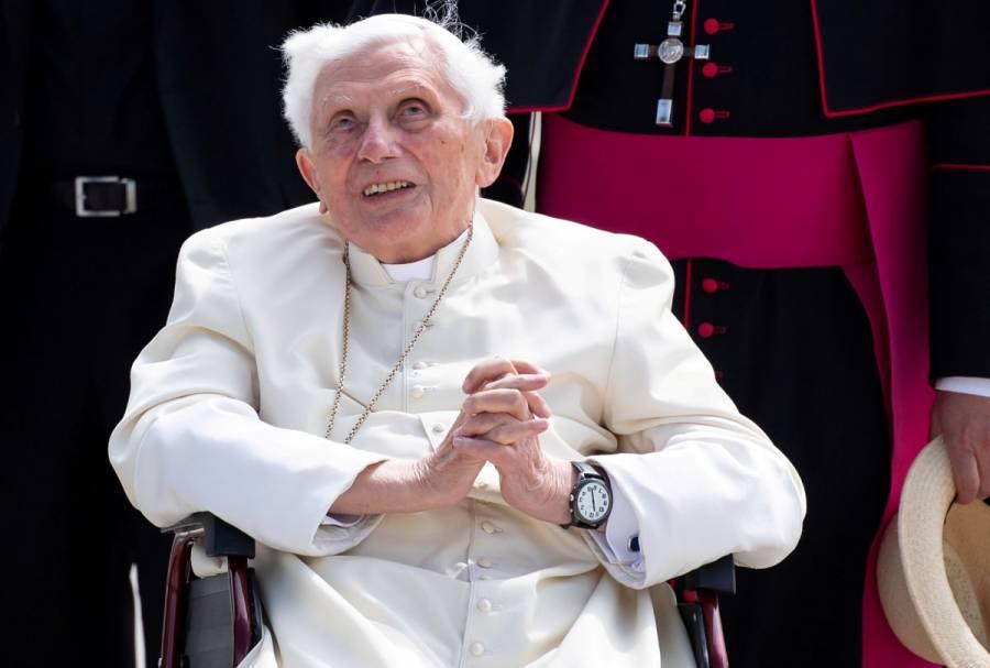 Papa emérito Benedicto XVI estaría gravemente enfermo