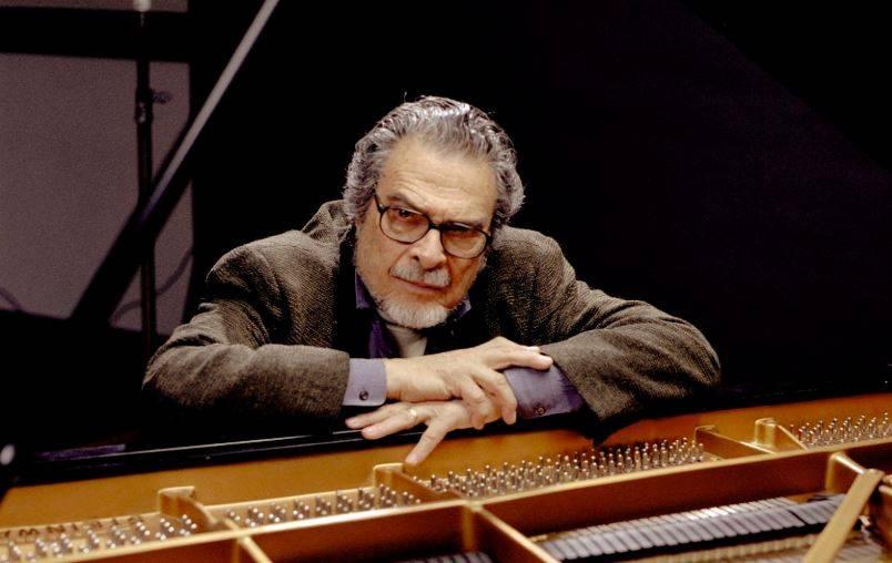 Muere Leon Fleisher, el pianista que tocaba con una sola mano