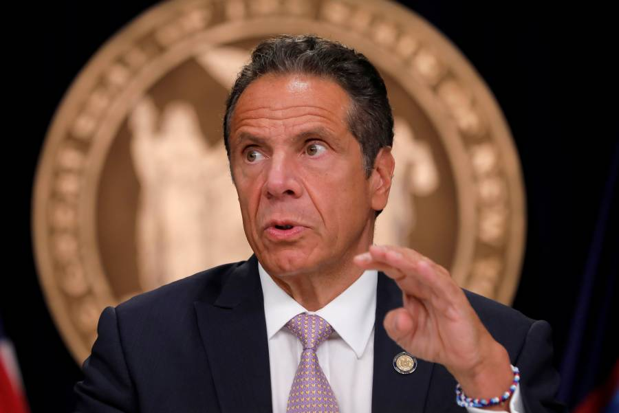 Gobernador de NY, critica respuesta del gobierno ante el Covid-19