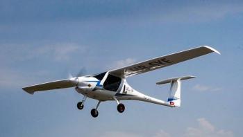 Primer avión eléctrico certificado del mundo efectúa vuelo de prueba en Suiza