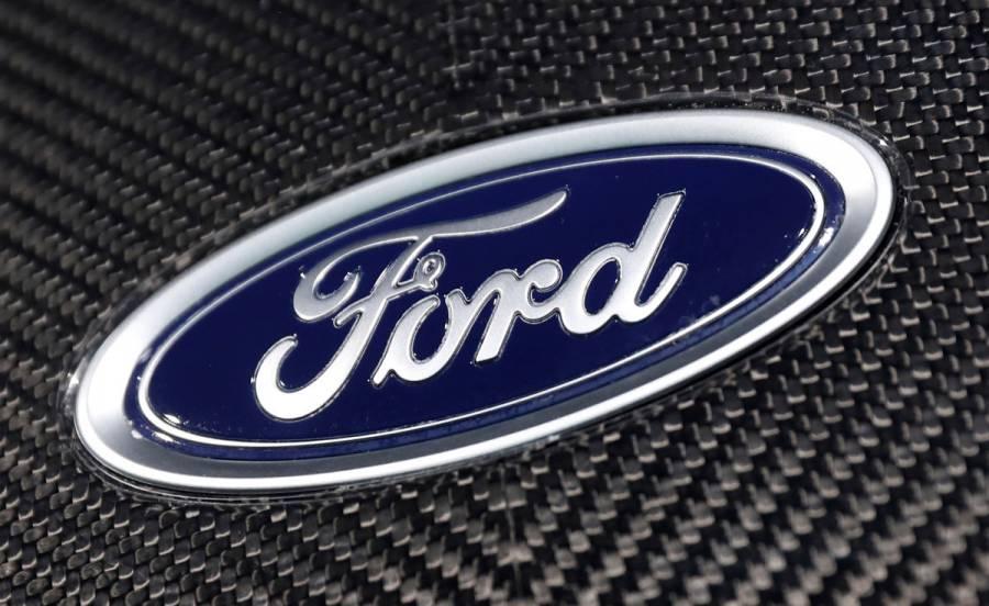 Ford cambia de presidente; Jim Farley sustituye a Jim Hackett