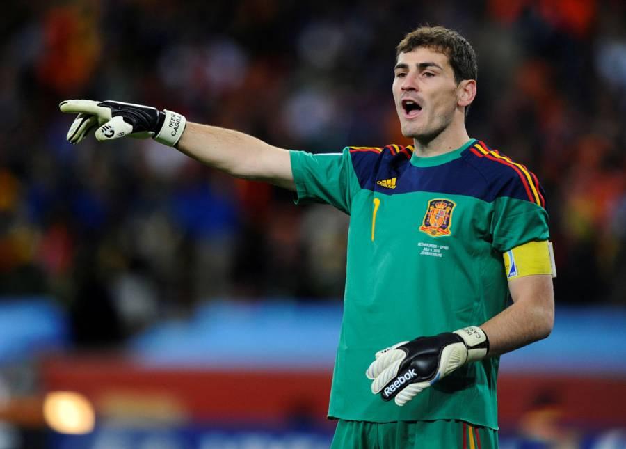 Iker Casillas anuncia su retiro del fútbol profesional
