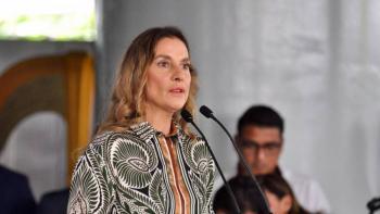 Gutiérrez Muller se solidariza con Líbano tras explosiones en Beirut
