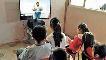 Acciones de televisoras se disparan tras acuerdo para transmitir clases escolares