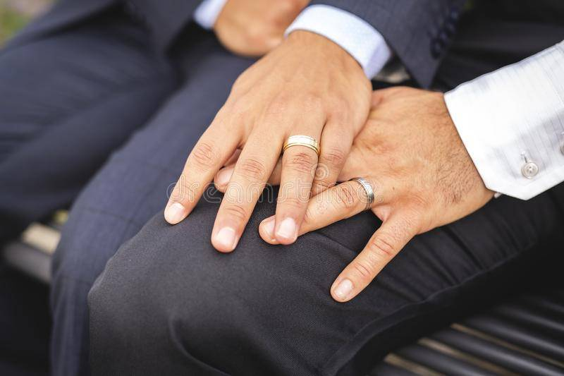 """Negar matrimonio a homosexuales es tratarlos como """"ciudadanos de segunda clase"""": SCJN"""