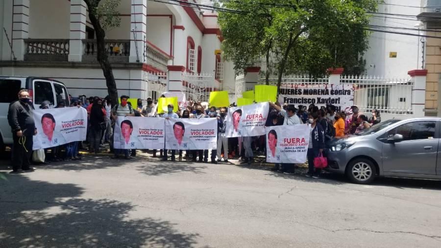 Simpatizantes de Morena rechazan postulación para candidato de Morena en Pachuca