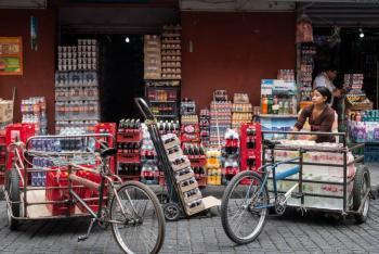 Congreso de Oaxaca avala prohibir venta de refrescos y comida chatarra a niños