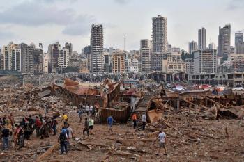Incrementan a 135 los fallecidos y más de cinco mil heridos en Beirut