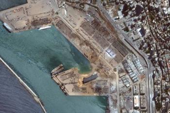 Líbano pondrá bajo arresto domiciliario a autoridades del puerto de Beirut tras explosión